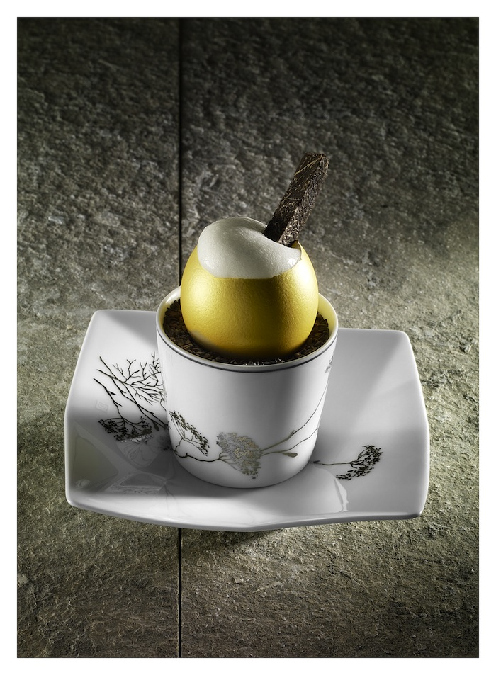 Photo du plat golden egg à la truffe de Denis Fétisson